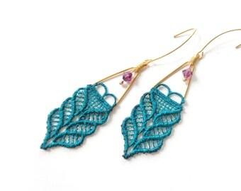 emerald green dangle earrings, green amethyst earrings, lace earrings, emerald earrings