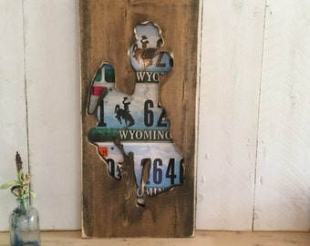 License Plate Art - Wyoming Bucking Horse - Man Cave Decor License Plate Decor - Steamboat - Rodeo Wall Hanging - Fathers Day Gift