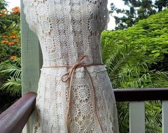 cream crochet dress - bohemian tunic - vintage hippy style - medium / large