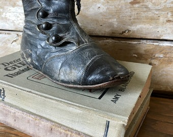 Vintage Victorian Childs Black Button Ankel Boot Very Old Adorable Used for Display