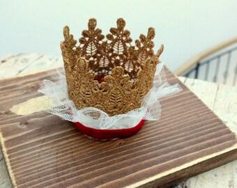 SANTA BABY Crown Baby Santa Claus Christmas lace crown headband Tulle Baby Christmas Crown Christmas Headpiece photography prop cake smash