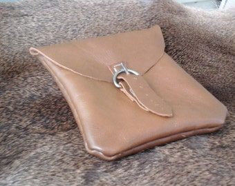 1800s Style Belt Pouch with Buckle Closure