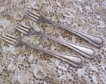 Seafood - Set of 3 Silver Plate Crab Seafood Cocktail Forks