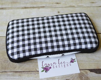Black and White Buffalo Plaid Travel Baby Wipe Case, Personalized Diaper Wipecase, Small Wipe Holder, Baby Shower Gift, Monogram Wipe Clutch