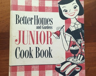 Vintage Better Homes and Gardens Junior Cookbook Binder with Retro Pictures 1955 1st ed