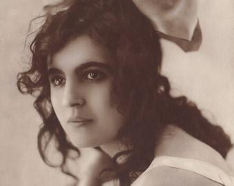 La Topaze, French Postcard Ed. A. Noyer, circa 1920s