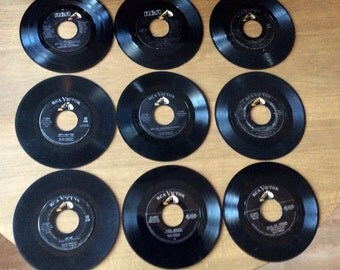 9 ELvis Presley 45 Records 7 on RCA Victor label 2 on RCA Label includes Love Me Tender, Jailhouse Rock, Too Much, Guitar Man, My Way & more