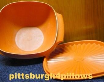 Tupperware - Orange Servalier - 838 -  8 Cups - Complete - Has Scratches Inside - Read Below