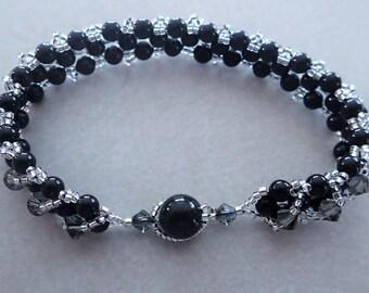 Black pearl and Swarovski crystal bracelet