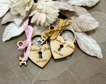 20 Heart and Key Wedding Favors skeleton key