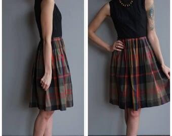 1950s Dress // Charming Plaid Day Dress // vintage 50s dress