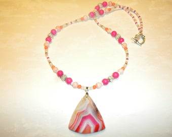 Pretty Colors Striped Agate Necklace