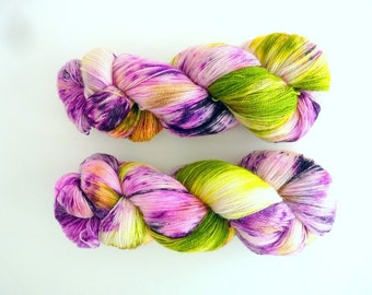 "Lace BFL yarn hand dyed  - Superwash Bluefaced Leicester wool, Tea Time base - Colourway ""La Diva Glam"""