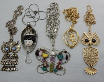 5 Retro '60s and '70s Owl & Butterfly Pendant Necklace Lot w/ Chains    OG41