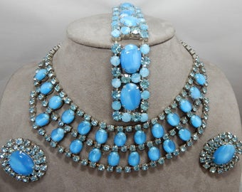 JULIANA Sky Blue Moonglow Cabochon Necklace, Bracelet & Earrings Parure    OAE4