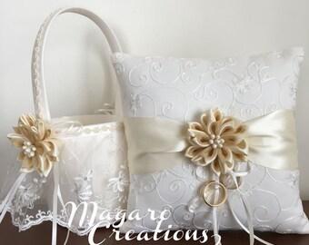 Ring pillow,wedding pillow,ring bearer pillow,ring cushion,ivory ring pillow,bridal pillow,ring holder,wedding ring pillow,ring bearer.