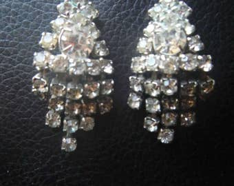 Vintage Rhinestone Clip on Earrrings