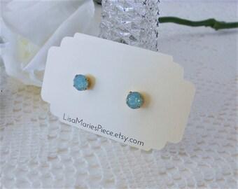 Swarovski Crystal Earrings, Mint Green Earrings, Pacific Opal, Seafoam Green Earrings, Mint Stud Earrings, Crystal Stud Earrings,