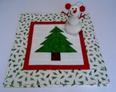 Christmas Tree Quilted Table Topper, Winter Christmas Quilted Runner, Christmas Table Quilt, Christmas Tree, Christmas Decor, Gold Star