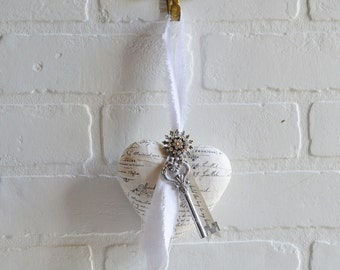Paper Mache Heart, French Script Heart, Heart and Skeleton Key, Key To My Heart, Gift For Her, French Paper Heart, Shabby Heart, Shabby Gift