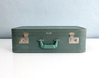 Vintage Air Pak Suitcase, Green Antique Luggage from Petersburg, Virginia, VA