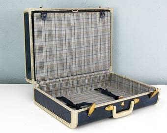 Vintage Medium Blue Marble Samsonite Suitcase with RARE Tartan Plaid Interior, Blue Suitcase, Suitcase Photo Prop, Stage and Film Props