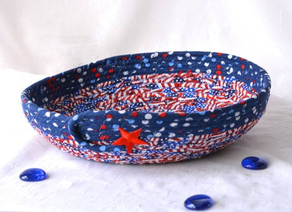 Handmade Patriotic Bowl, Red White and Blue Party Bowl, Gift for Dad, Memorial Day BBQ Picnic Basket, 4th of July Decoration