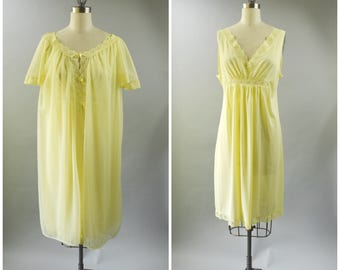 Vintage Texsheen Yellow Lingerie Set Size Medium Short Gown and Robe Lace and Chiffon
