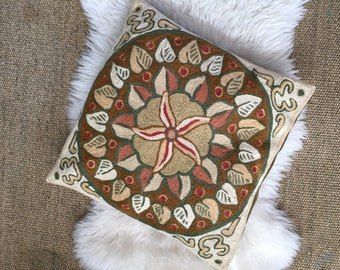 vintage embroidered flower decorative throw pillowcase and pillow / green