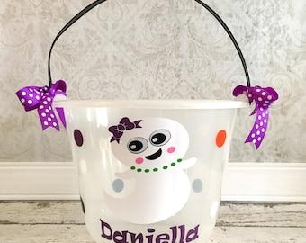 Personalized Glow In the Dark Plastic Halloween Bucket, Halloween Bucket, Halloween Pail, Trick or Treat, Halloween, Bucket