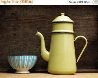 Pretty Completed French Vintage Enamel yellow coffee pot, bright tea pot, enamelware Home Decor,French Country, Rustic French Decor