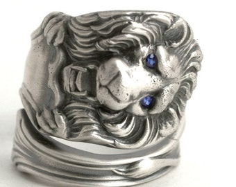 Lion Ring, Blue Eyes, Blue Black, Blue Sapphire, Sterling Silver Spoon Ring, Wild Animal Ring, Big Cats, Custom Ring Size, Kitty Ring (6359)