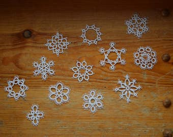 tatted Christmas ornaments//small//12//white