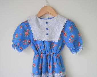 1960s FLORAL LACE Peasant Girls Dress...size 6 girls...kids. children. girls dress. lace. blue floral. mid century. peasant. ruffled. tiered