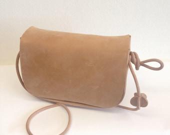 CLUTCH | SADDLE BAG |  natural