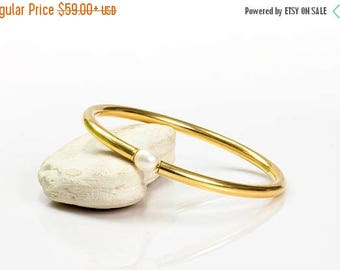 SUMMER SALE - Pearl bracelet,gold bracelet,custom bracelet,gold bangle,pearl bangle,tube bracelet,handmade bracelet,shiny gold