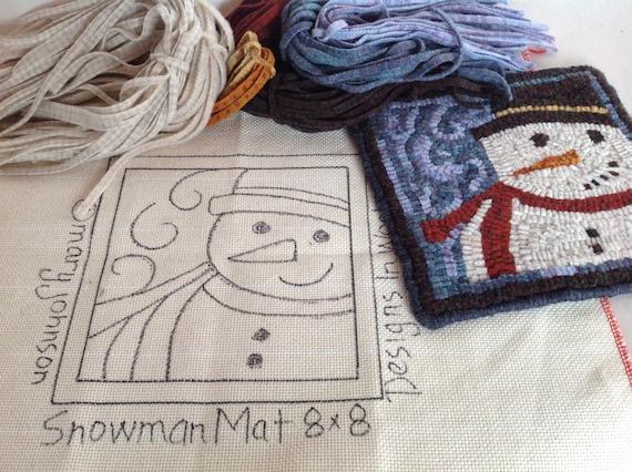"Rug Hooking KIT, ""Snowman Mat"", 8"" x 8"", K109, DIY Primitive Rug Mat, Rug Hooking Design"