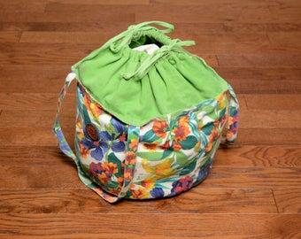 vintage floral canvas tote bag beach bag American Sport round bucket tote bag drawstring handbag large tote bag flower pattern print