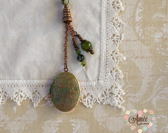 oval brass locket necklace, dangle locket, vintage locket, victorian locket, personalized locket, photo locket, green patina locket