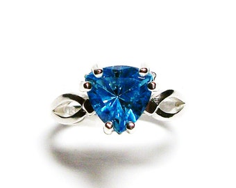 "Topaz, swiss blue topaz, blue topaz ring, blue trillion ring, birthstone ring, solitaire ring, blue,  s 6 1/2    ""Blue Chill"""