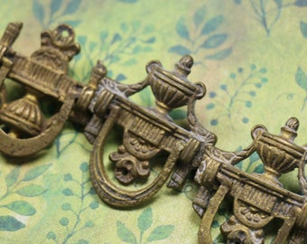 1 Antique Victorian Cast Brass Furniture Ring Pull