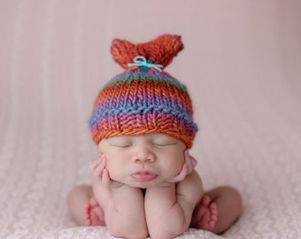 Newborn Knit Valentine Beanie / Heart Hat / Baby Valentines Day Hat / COMPLIMENTARY SHIPPING
