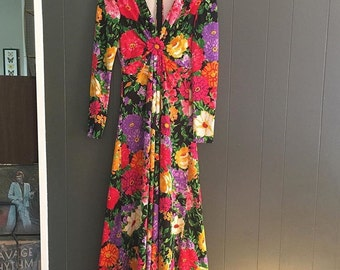 Vintage Elegance International Floral Hippie Boho Maxi Dress//Garden Party//