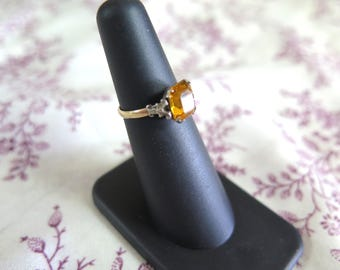 Art Deco Ring with Amber Colored Stone Sz 4.5
