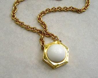 Vintage Castlecliff Necklace Mod Pendant Gold Tone White Lucite