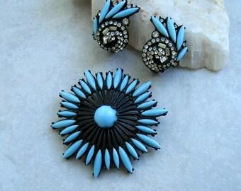 Vintage Hollycraft Brooch Earring Set Turquoise Blue Glass Navette Japanned Openwork Rhinestones
