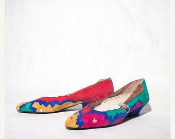 SALE 6.5 N | Paradox by Zalo Women's Kitten Heel Shoes Multi Color Outlay Suede Geometric Design