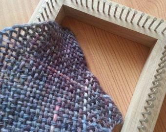 """Pin Loom 4"""" oak weaving loom"""