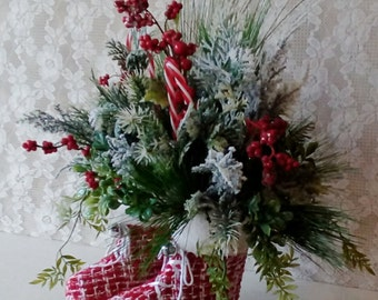 Christmas Ice Skate Centerpiece, Holiday Table Arrangement, Cottage Christmas, Whimsical, Savannah's Cottage