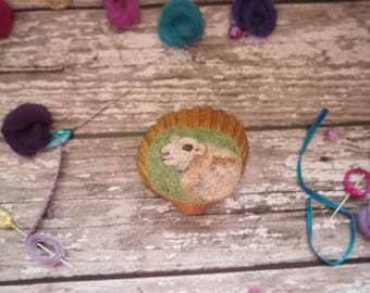 Sheep, lamb, fluffy, wool, magnet, home decor, fridge magnet, cute animal, cute sheep, animal lover, ornament, needle felted.